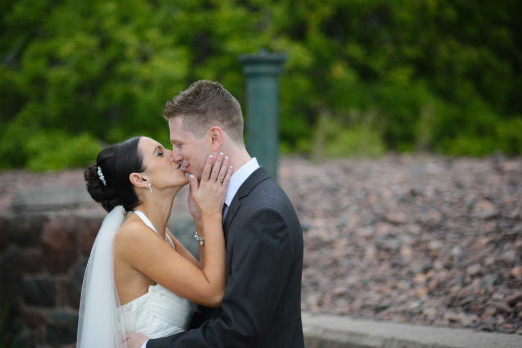 Duluth, Minnesota wedding photography at Glensheen (16)