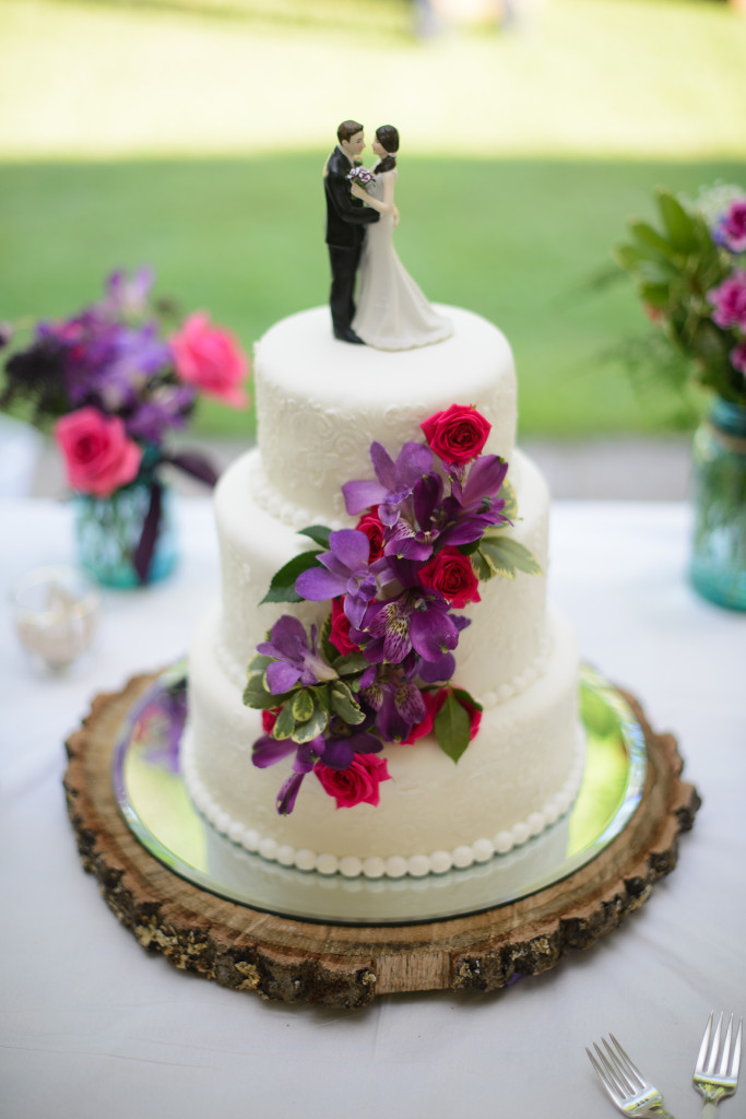 Cake Detail - Grand Rapids, Minnesota Wedding
